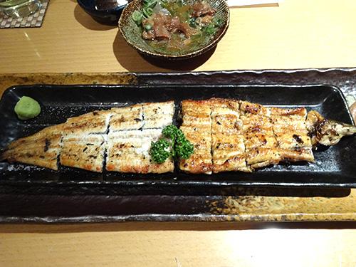 27鰻のまるまる一本焼きハーフ&ハーフ