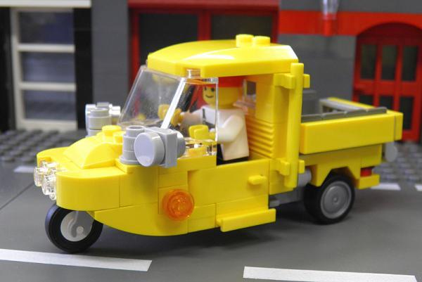 yellowauto3_1.jpg