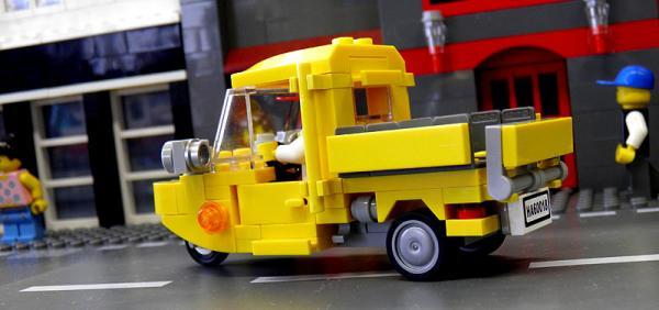 yellowauto3_3.jpg