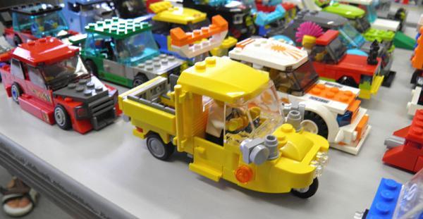 yellowauto3_4.jpg