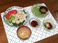 6/9 夕食 タケノコとシイタケのしゅうまい、刺身こんにゃく、もずく酢、もやしと揚げの味噌汁