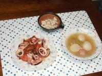 6/16 夕食 イカとトマトのにんにく炒め、カブとベーコンのスープ、こんにゃくの白和え