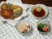 8/23 夕食 天ぷら、オクラもずく酢、タコ飯