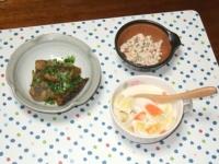 1/13 夕食 さんまの竜田揚げ甘酢漬け、こんにゃくの白和え、白菜とベーコンのミルクスープ