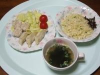 1/21 夕食 餃子・シュウマイ、しらすチャーハン、きゃらぶき、わかめスープ