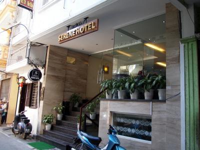 130608_Hanoi_Serene-001.jpg