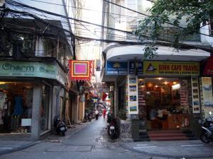 130608_Ha Noi_town-s-003