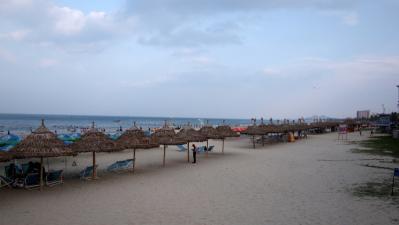 My_Khe_Beach_1306-101.jpg