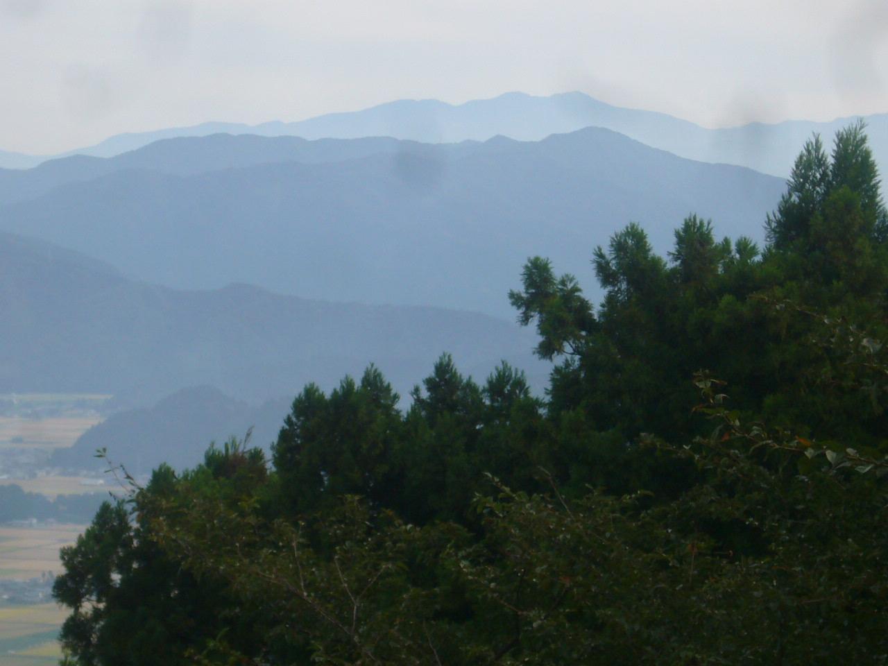 文殊山頂上より白山 H26.9.20日撮影