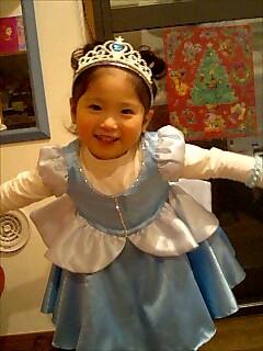そら2歳シンデレラのドレス