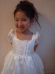 そら6歳結婚式のドレス