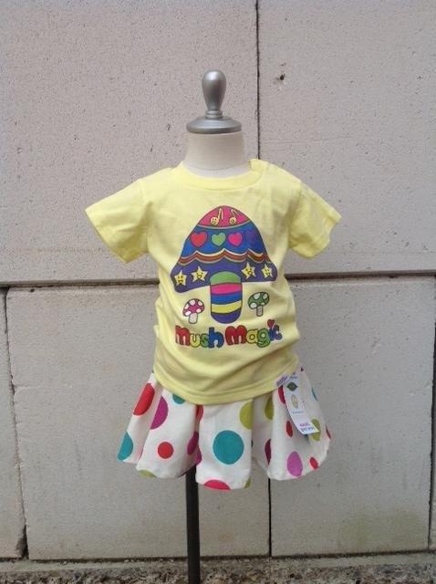 マッシュマジックTシャツとレトロドット1