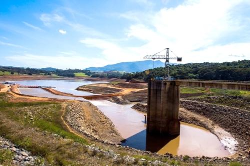 カンタレイラ貯水システム