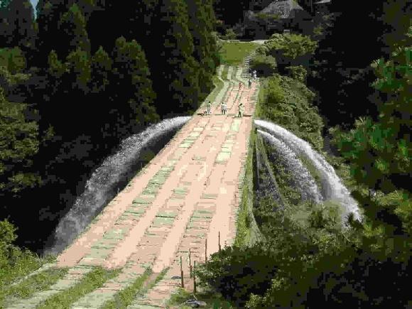 通潤橋上 (580x435)