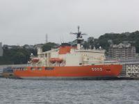 これまた歴戦の極地観測船・・・
