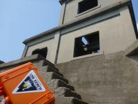 監視所の階段への上陸か??? 20130814