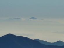 なんたら岳の遠景 20130927