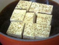 焼き豆腐とイカの煮物 調理②