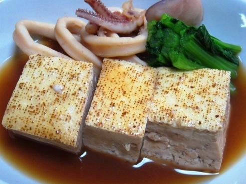 焼き豆腐とイカの煮物大