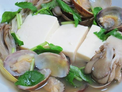 春あさりと豆腐の煮込み拡大