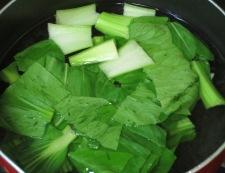 青梗菜とツナのからし和え 調理①