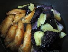 手羽中と茄子の揚げ煮 調理④