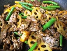 牛肉とレンコンのコチュジャン炒め 調理④