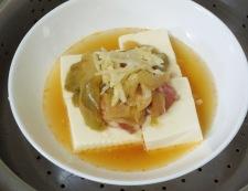 豆腐と豚肉のザーサイ蒸し 調理