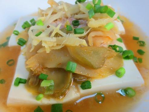 豆腐と豚肉のザーサイ蒸し B