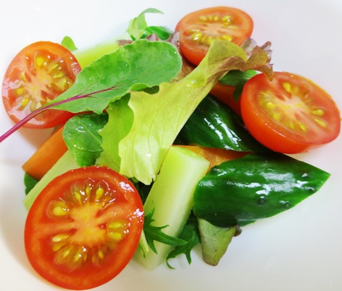 ベビーリーフとミニトマトのサラダ大
