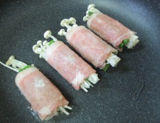 トマトソース アスパラ焼き 豚調理③