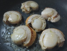 ホタテのチーズパン粉焼き 調理①