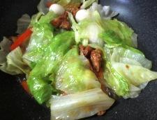 焼き鳥缶でレタス炒め 調理③