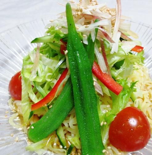 麺つゆ野菜冷麺 拡大
