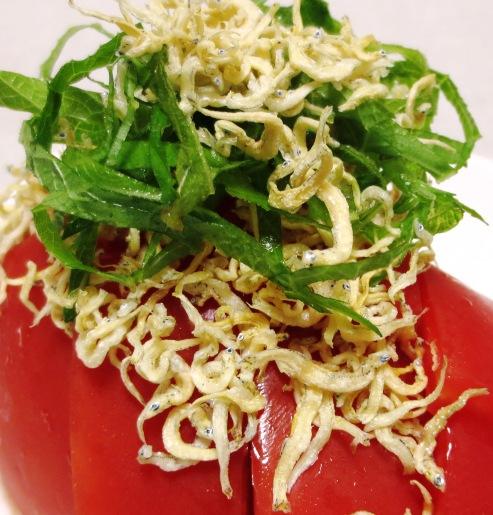 トマトのカリカリじゃこサラダ B