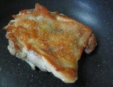 鶏もも肉と夏野菜の香味和え 調理②