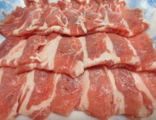 豚肉と玉ねぎのみょうが煮 材料お肉