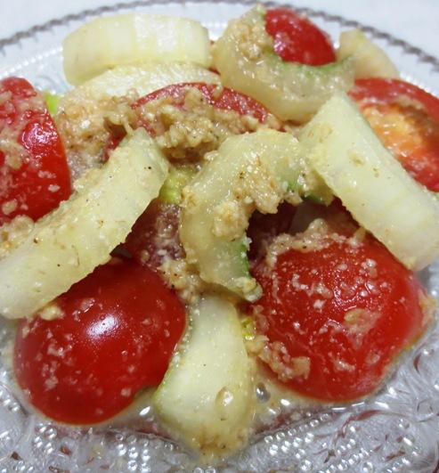 プチトマトとセロリの胡麻酢和え B