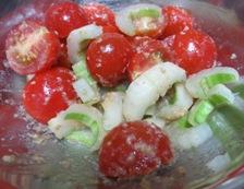 プチトマトとセロリの胡麻酢和え 調理
