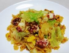 タコキムチレタス炒飯 調理⑥
