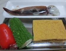 イカとゴーヤ ピリ辛和風炒め 材料