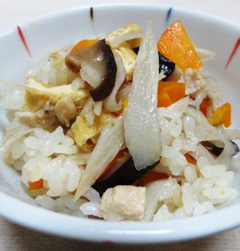 鶏肉の炊き込みご飯 B