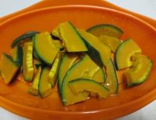 カボチャのガラムマサラ炒め 調理①