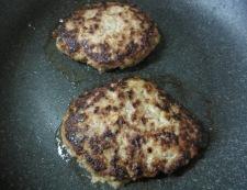 クリームシチューソースのハンバーグ 調理⑥