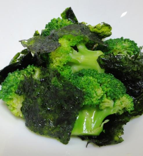 ブロッコリーと韓国海苔のサラダ 大