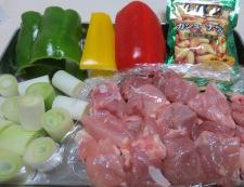 鶏肉もものねぎ塩炒め 材料①