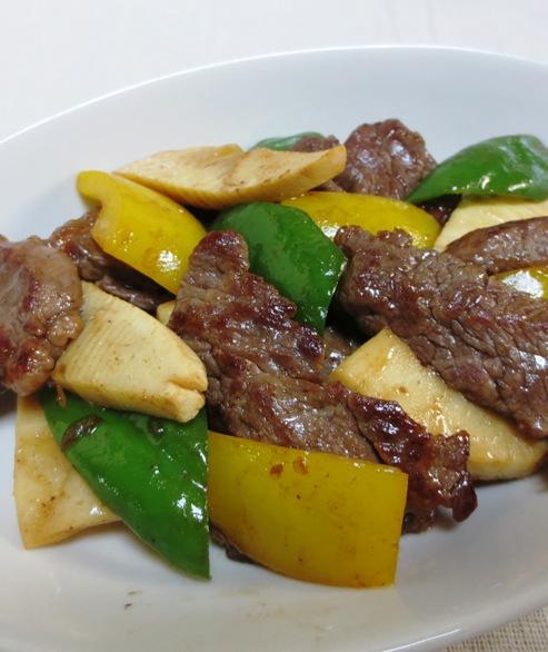 青椒牛肉片(チンジャオニューローペン) 拡大