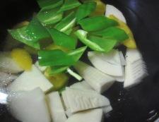 青椒牛肉片(チンジャオニューローペン) 調理①