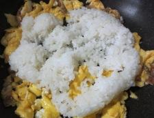 生姜風味のチャーハン 調理③