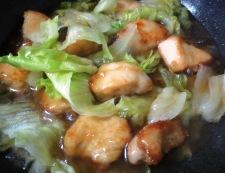 鶏胸肉の唐揚げレタスあんかけ 調理⑥